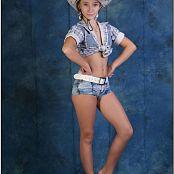 TeenModelingTV Alice Cowgirl Hat 418
