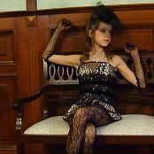 Fashion Land Eva Retro Lady HD Video