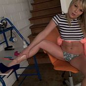 Madden Legs and Oil HD Video 190118 mp4