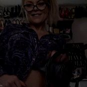 Madden Sexy in Glasses HD Video 250118 mp4