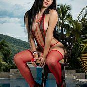 Clarina Ospina Mesh Slingshot TM4B Set 014 049