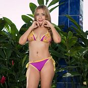 Azly Perez Golden Girl TM4B Picture Set 002