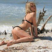 Madden Bikini Beach 040