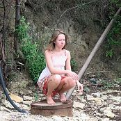 Petal Stone HD Video 316 020318 mp4