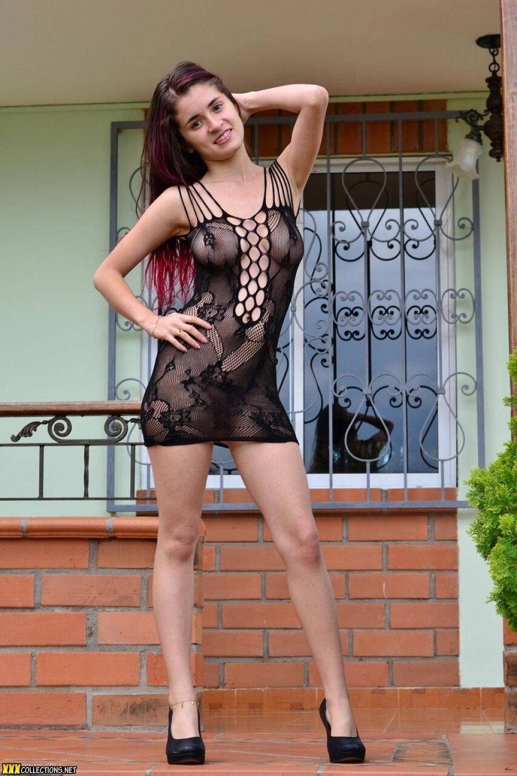 Brenda Black Nude Photos 17