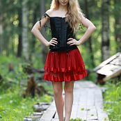 Silver Jewels Alice Red Skirt Set 5 2310