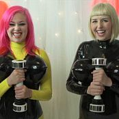LatexBarbie SHAKE WEIGHT BDAY HD Video 210418 mp4