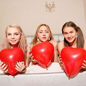MarvelCharm Rebecca, Katrin & Violet Friends Forever Picture Set