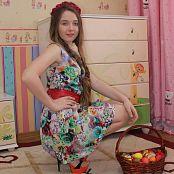 Hanna World Delila Easter Gift Picture Set