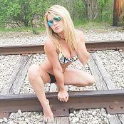 Madden Bikini Tracks 347