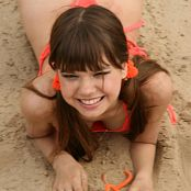 Young Gusel Holliday Time Picture Set