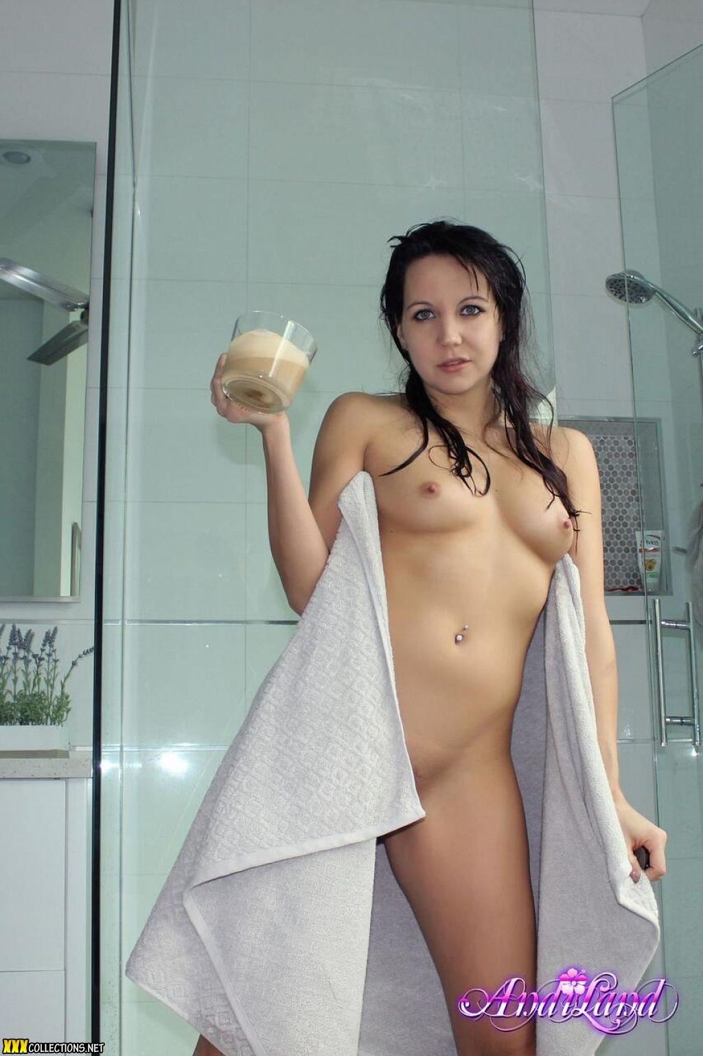 Land nude andi Andi