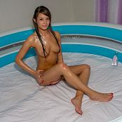 Emma Mason Topless Teen In Baby Oil Picture Set & HD Video