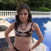 Alexa Lopera Leopard Print T Back TCG HD Video 005 050718 mp4