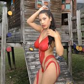 Luciana Model Red C String and Body Paint TCG 4K UHD Video 003 110718 mp4