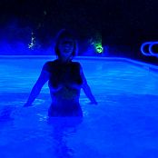 Nikki Sims Late Night Skinny Dip XXXCollections Enhanced Version HD Video 005
