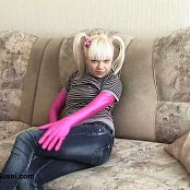 Young Gusel Pink Skin under Clothes 378 01 Video 300718 wmv