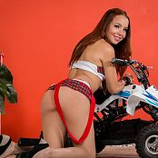 Mellany Mazo Red & White Plaid TBS Picture Set 019