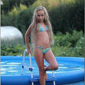 TeenModelingTV Alice Swimming Picture Set