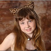 TeenModelingTV Bella Leopard Picture Set