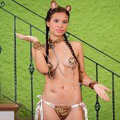 Poli Molina Wild Kitty Costume TCG Set 005 011