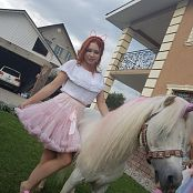 Hanna World Party Time Come Meet our Unicorn 205