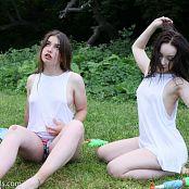 Mashas Models Sarah & Alice Wet Shirt Picture Set & HD Video