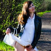 Jeny Smith The White Skirt Again Picture Set