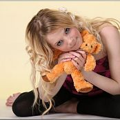 TeenModelingTV Ella Orange Teddy Picture Set