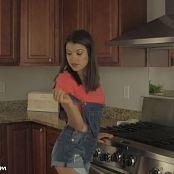 Brittany Marie Bonus HD Video 473 121018 mp4