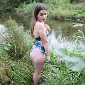 Mashas Models Sarah Swimsuit Picture Set