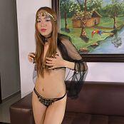 Mellany Mazo Coins Costume TBS 4K UHD Video 032 221018 mp4