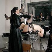 Goddess Alexandra Snow and Mistress Ezada Spread and Fucked Video 141018 mov