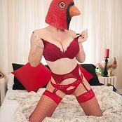 Jessica Nigri Patreon Birdoir 006