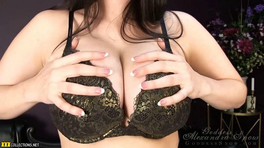 Chloe's bouncing boobs