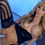 Katie Banks Sinful Stockings JOI 4K UHD Video 260119 mp4