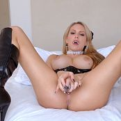 Katie Banks Vampire Mistress 4K UHD Video 260119 mp4