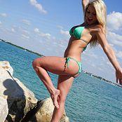Madden Green Bikini Beach Picture Set