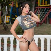 Pamela Martinez Ripped Tee TM4B Set 012 001