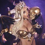 Jessica Nigri Gold Succubus Picture Set